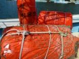 10月17日 韓国からの漂流物 博潮丸の岸壁のヘンダーへ使用します 助かります