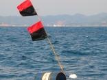 10月29日 韓国からの漂流物 オイル缶 他に浮き・ロープなど 見えます