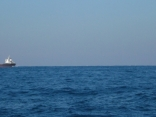 外国船が 今日はいつもより 何艘も通ります