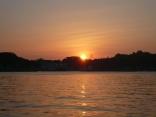 西泊地区からの日の出と共に 今日の出船