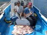 真鯛36匹の大漁、四日市市の真田さん達(2013-09-30)