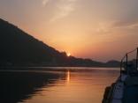比田勝港 西泊地区からの日の出