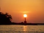 赤灯台の明かり(日の出)