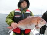 76cmを釣り上げた十和田からお越しの立崎さんです。