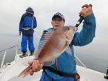 2番目に大物を釣った釣り人その2です。