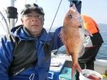 50cmを釣り上げた釣り人です。