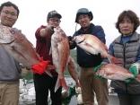 全員安打で初心者の方でも釣れるタイラバでの釣果です。